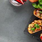 Kako napraviti hrskave bruskete sa mocarelom i paradajzom?